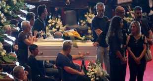 Hommage aux victimes de l'accident du Pont de Gênes, Italie.