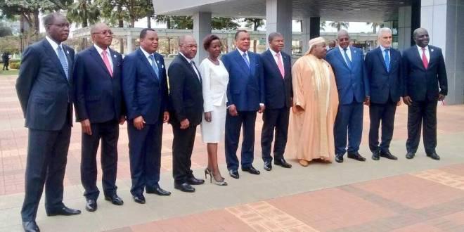 Photo de famille, sommet régional de Luanda 2018.