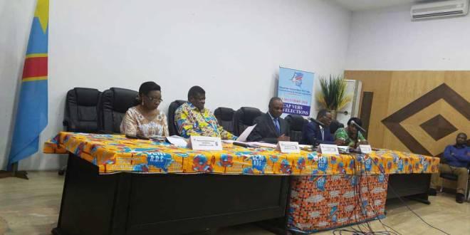 Vice-president de la CENIRDC, Norbert BASENGEZI KATINTIMA [au milieu], lundi 03/9/2018.