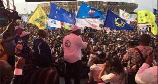 Martin FAYULU dit Mafa, lors de son mini meeting, devant le Stade des Martyrs, Kinshasa.