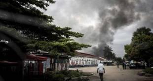 Incendie de l'entrepot de la Centrale electorale a Kinshasa.