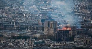 Paris : Le feu à Notre-Dame pourrait être lié aux travaux de rénovation