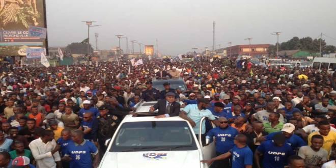 Retour d'Etienne TSHISEKEDI a Kinshasa. Photo non datée.