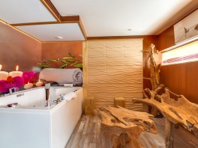 Hotels A La Journee Avec Jacuzzi Roomforday