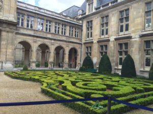 Musee Carnavalet-Paris