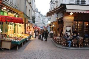 Rue Mouffertard quartier Latin
