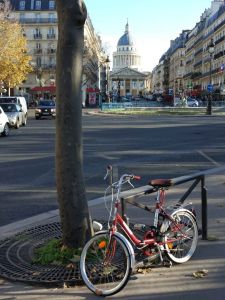 Bicyclette au Pantheon