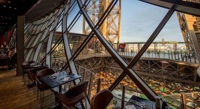 Saint-Valentin à la Tour Eiffel - Paris
