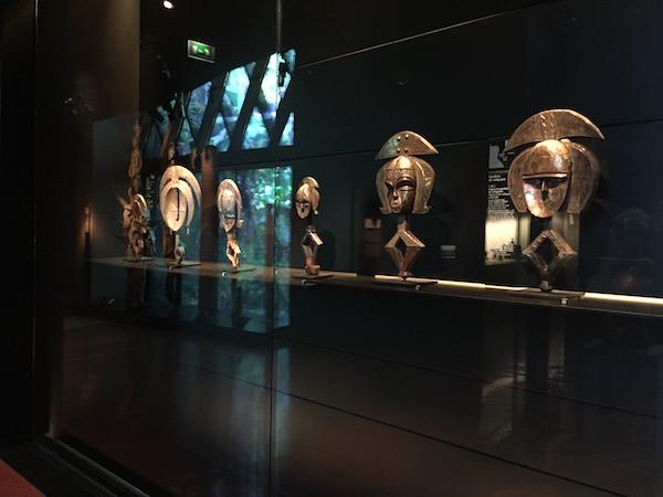 Figurines Africaines au Musée du quai Branly Chirac