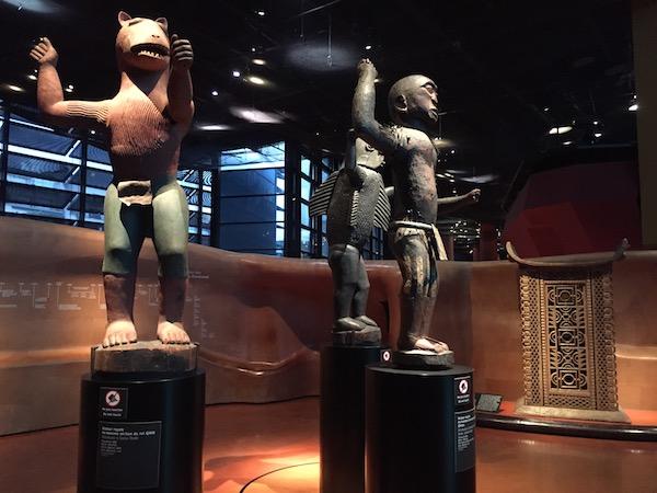 Statues d'Afrique au Musée du Quai Branly