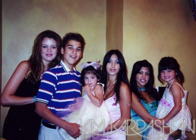 Khloe-Kardashian-Family-Old-School-Pics-27-640x456