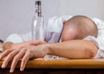 Iran : Ils pensaient que l'alcool soignait le Coronavirus