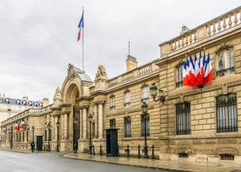 Coronavirus: Le confinement en France va être prolongé, annonce l'Élysée