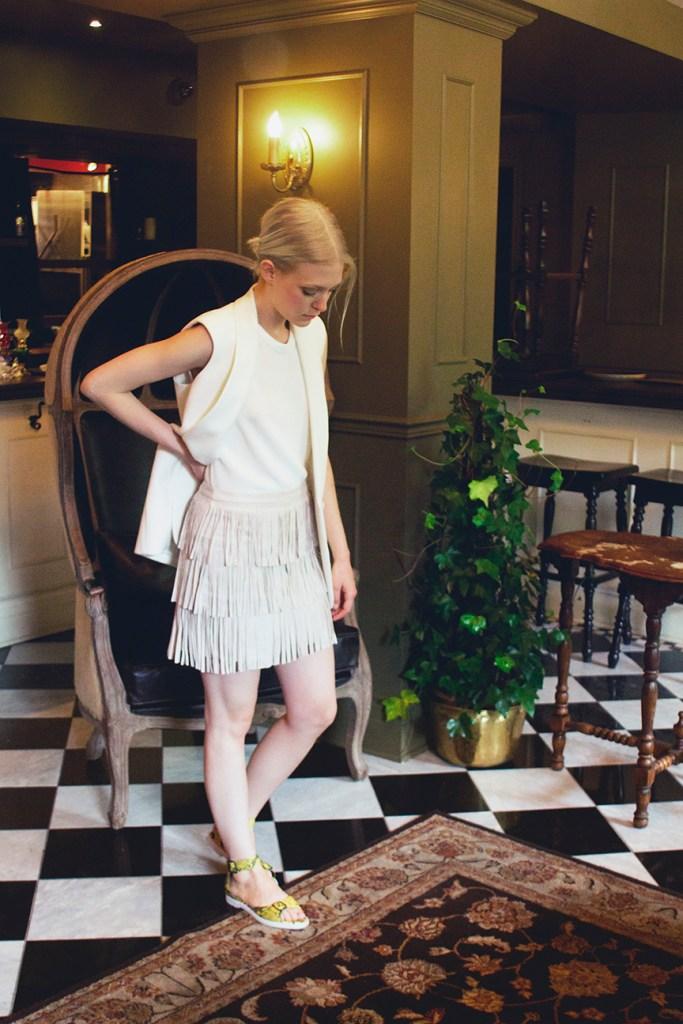 1b-fringes-skirt-veryjoelle-joelle-paquette