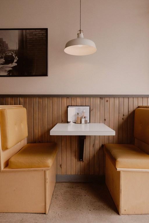 Brunch au Lily White Diner dans l'est de Toronto