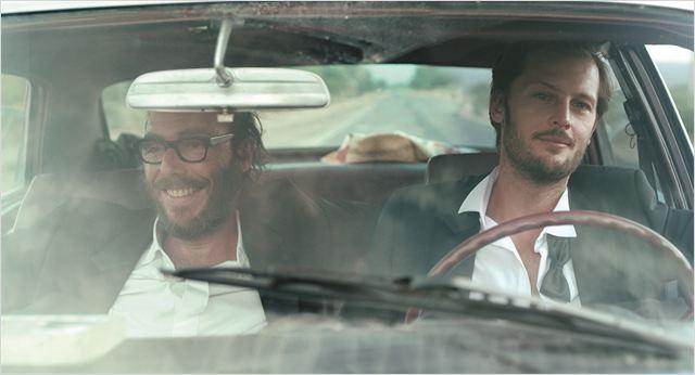 Marcus (Philippe Rebbot) et Antoine (Nicolas Duvauchelle) sur les routes d'Argentine