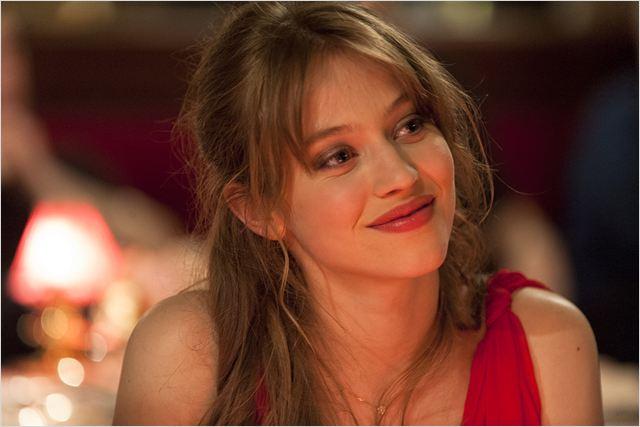 Noga (Lou De Lâage) se retrouve bien malgré elle au coeur de l'histoire... Une histoire compliquée !