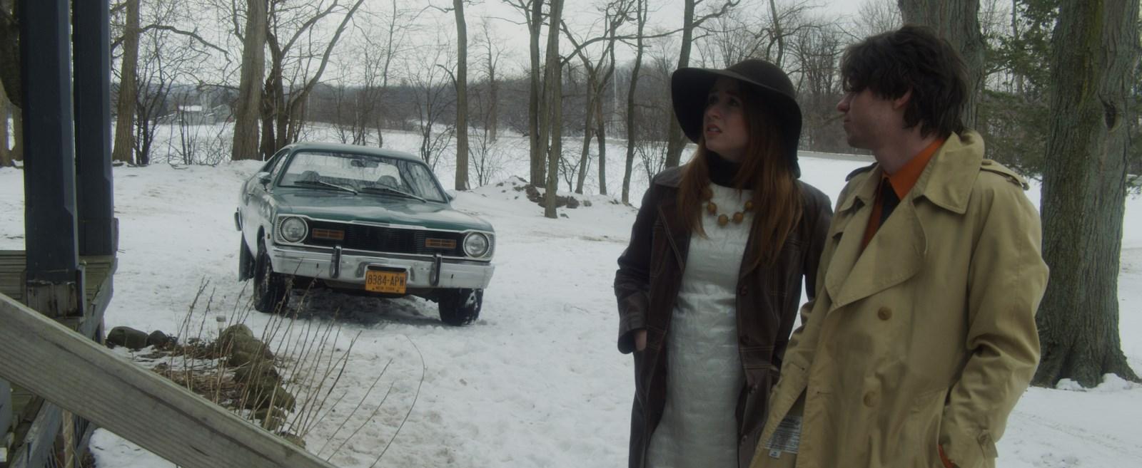 Daniella (Kelsea Dakota) et Harry (Michael Patrick Nicholson)