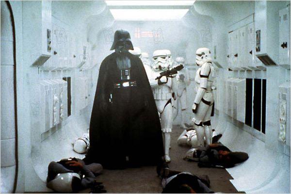 Star Wars : Episode IV - Un nouvel espoir (La Guerre des étoiles) : Photo David Prowse, George Lucas