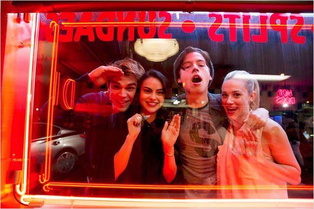 Photo Camila Mendes, Cole Sprouse, K.J. Apa, Lili Reinhart
