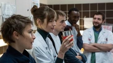 Hippocrate, l'oreille internes sur myCANAL : immersion passionnante dans le quotidien d'étudiants en médecine – News Séries à la TV