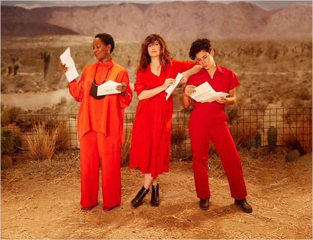 Photo Kathryn Hahn, Lily Mojekwu, Roberta Colindrez