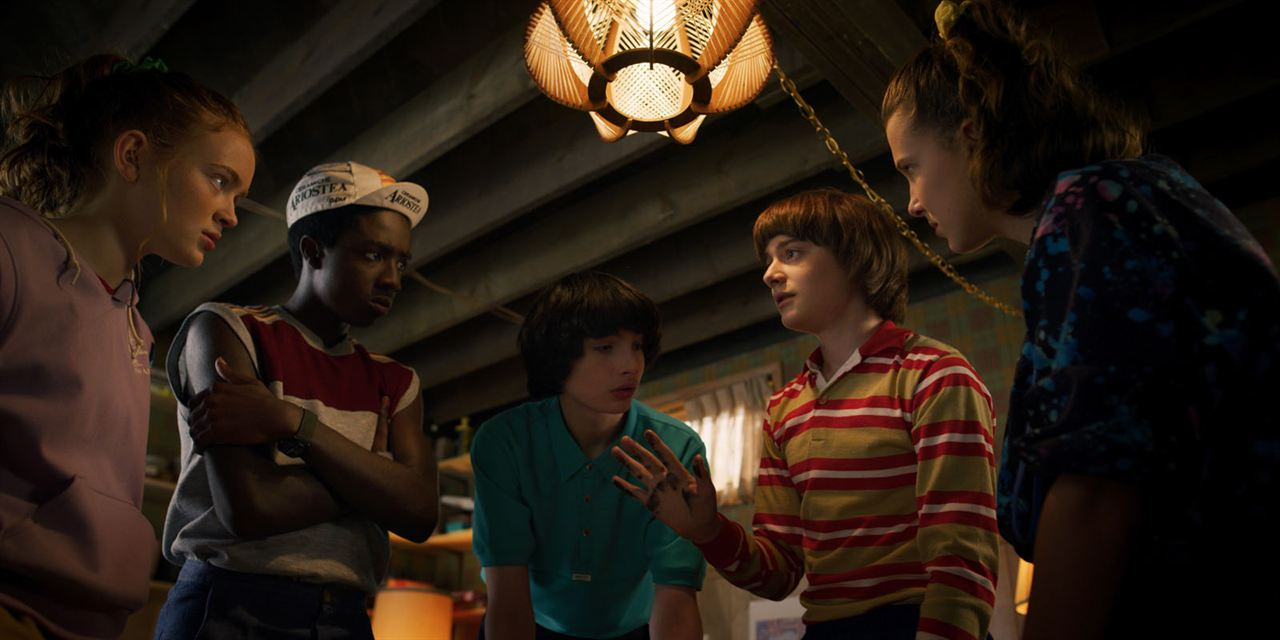 Photo Caleb McLaughlin, Finn Wolfhard, Millie Bobby Brown, Noah Schnapp, Sadie Sink