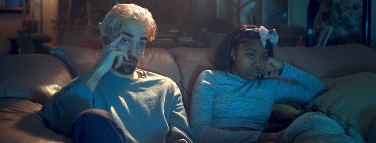 Good Time : Photo Robert Pattinson, Taliah Webster