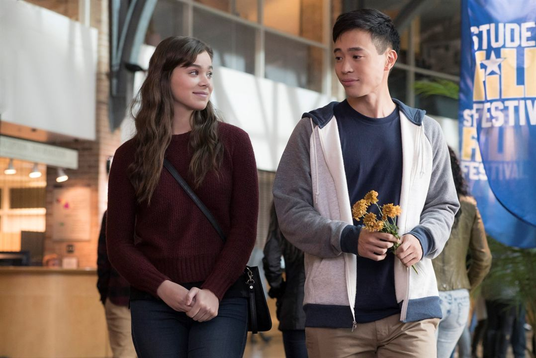 The Edge of Seventeen : Photo Hailee Steinfeld, Hayden Szeto