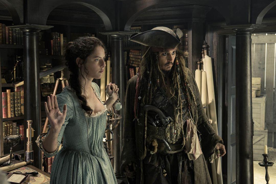 Pirates des Caraïbes : la Vengeance de Salazar : Photo Johnny Depp, Kaya Scodelario