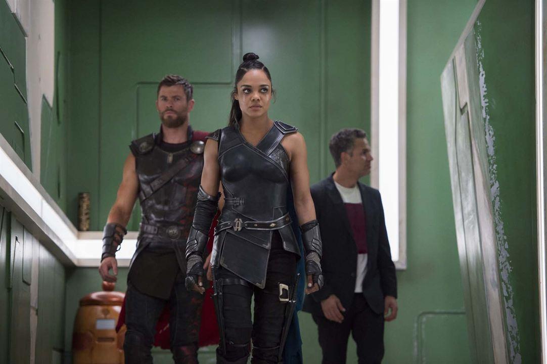 Thor : Ragnarok : Photo Chris Hemsworth, Mark Ruffalo, Tessa Thompson