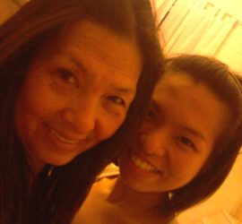 khanh-doan-and-her-mom-768x1024