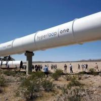 Premier test réussi pour le train du futur Hyperloop