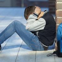 D'où vient la phobie scolaire, et comment aider les ados à la surmonter
