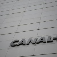 Canal+ perd 197.000 abonnés direct en un an en France métropolitaine