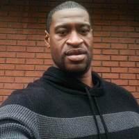 La mort de Floyd George provoque une nouvelle nuit d'émeutes à Minneapolis
