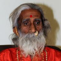 Prahlad Jani, yogi indien qui prétendait ne pas avoir mangé ni bu depuis 80 ans est mort