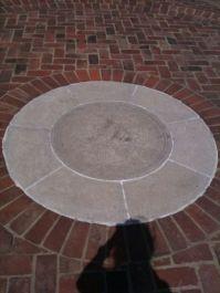 Courtyard Circle