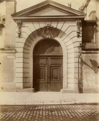 Hôtel de Poitiers, rue Saint-Dominique 3 et 5, 1902-03, albumen silver print