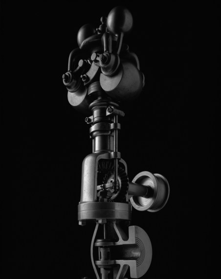 Mechanical Form 0028, 2004, gelatin-silver prin