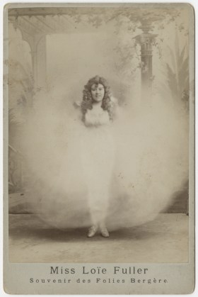 PHOTOGRAPHER UNKNOWN: Miss Loïe Fuller, 1890s, albumen silver print (?)