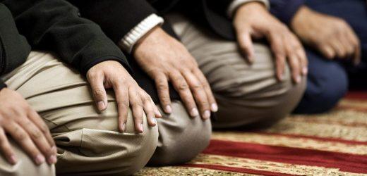Om att recitera koraniska åkallelser i bönen