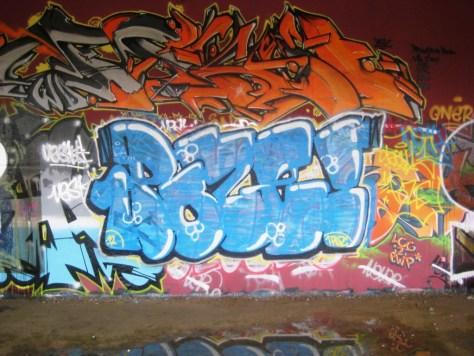 besancon 10.12.12 - 1POZE - graffiti