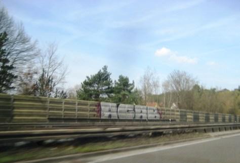allemagne - graffiti - autoroute - Avril 2013 - ACAB