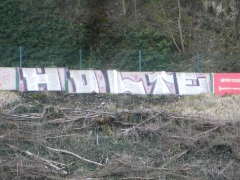 mars 2013 - besancon -graffiti - Holte, EMC (1)