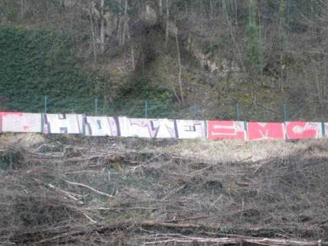 mars 2013 - besancon -graffiti - Holte, EMC