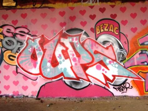 mars 2013 - besancon - graffiti - Oups