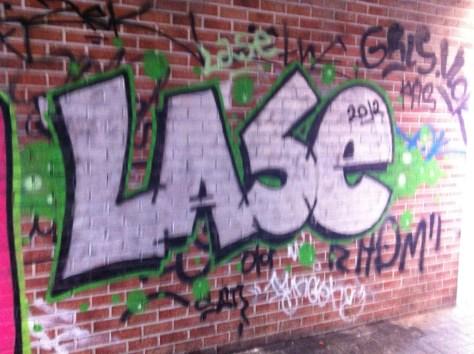 Bruxelles_graffiti_2013_Laze (1)