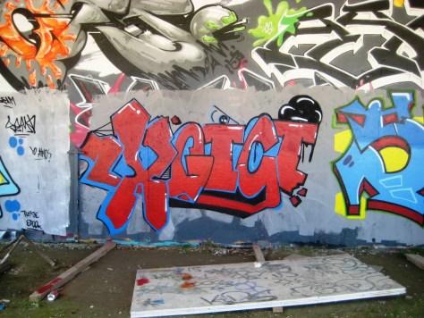 XGici - Seam - graffiti - besancon - 2013
