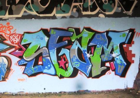 suce, demo, seam - graffiti - besancon-2013 (3)